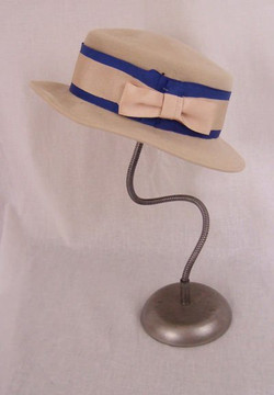 Saks Fifth Avenue cream felt hat with blue trim