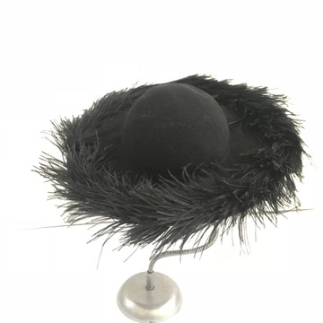 Black wool felt hat with feather trim