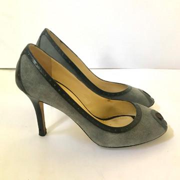 Kate Spade Gray suede peep toe pumps