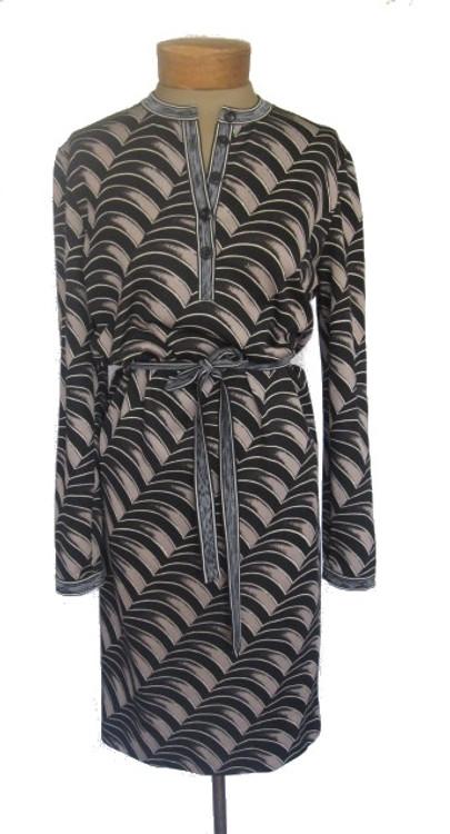 Vintage 1970s Goldworm Black and Gray Mod Shirt Dress