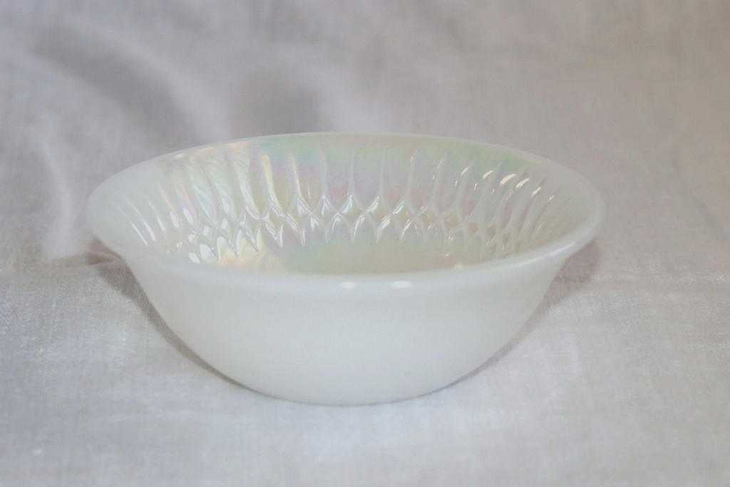 Federal Moonglow Berry Bowl