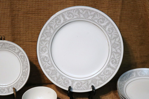 Imperial Fine China Whitney Dinner Plate