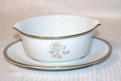 Gravy Boat w/ Attached Under Plate Piece Set - DJ0182