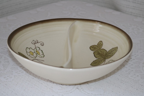 Metlox California Strawberry Round Divided Vegetable Serving Bowl