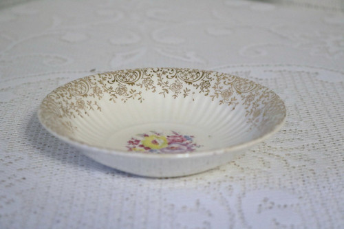 American Homes Dinnerware Dolores Berry Bowl