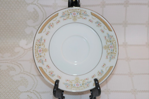 Signature Collection Coronet Saucer