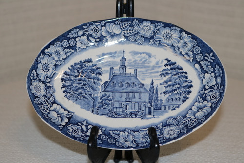 Staffordshire Liberty Blue Gravy Boat Under Plate Governor's House Williamsburg