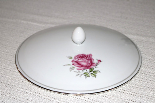Fine China of Japan Imperial Rose Round Covered Vegetable Serving Bowl