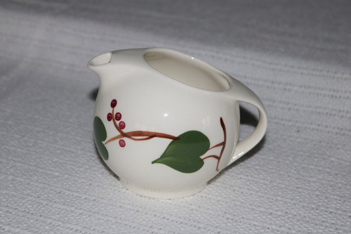 Blue Ridge Southern Pottery Stanhome Ivy Creamer