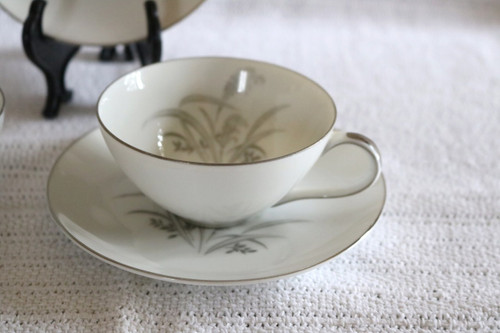Wentworth Fine China Silver Wheat Coffee Cup