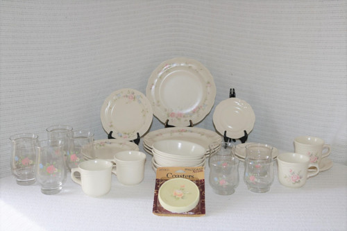 Pfaltzgraff Tea Rose 32 Piece Set