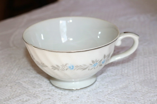 Kessington Fine China Springtime Coffee Cup
