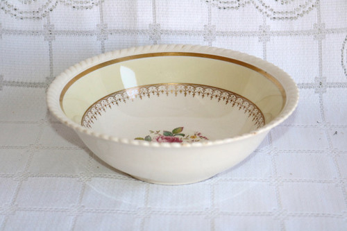 Johnson Brothers Victorian Rose Round Vegetable Serving Bowl