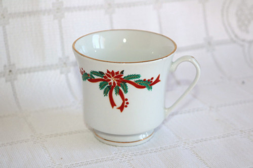 Fine China of China Poinsettia & Ribbons Coffee Cup