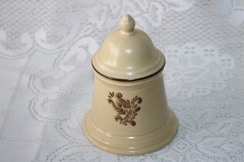Pfaltzgraff Village Sugar Bowl with Lid 6-22