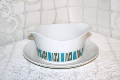 Harmony House Fine China Scandia Gravy Boat with Attached Under Plate
