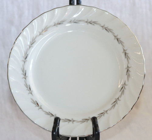 Coreling Fine China Bridal Wreath Bread & Butter Plate