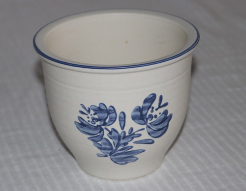 Pfaltzgraff Yorktowne Flower Pot Planter
