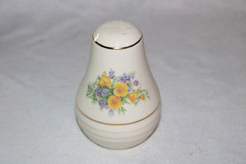 Universal Potteries, Inc. Salt Pepper Shaker