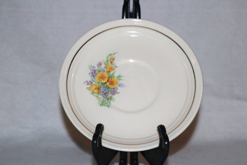 Universal Potteries, Inc. Saucer