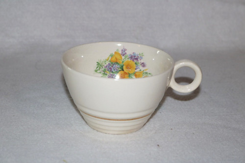 Universal Potteries, Inc. Coffee Cup