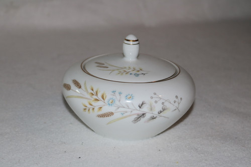 Fine China of Japan Autumn Wheat Sugar Bowl with Lid