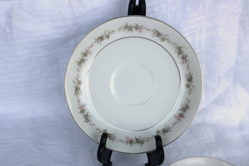 Wyndham Fine China Wilton Saucer