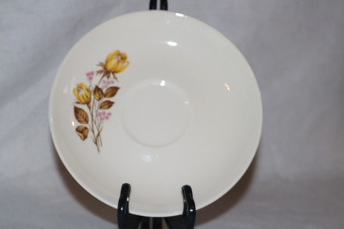 Taylor, Smith & Taylor - T S & T D0081 Saucer
