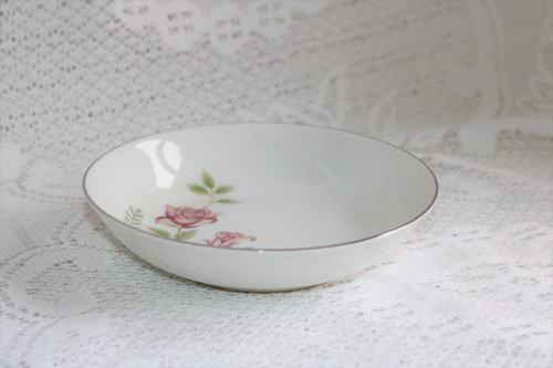 Summit Fine China Stem Rose Berry Bowl