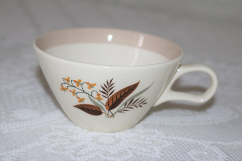 Cunningham & Pickett Vogue Coffee Cup