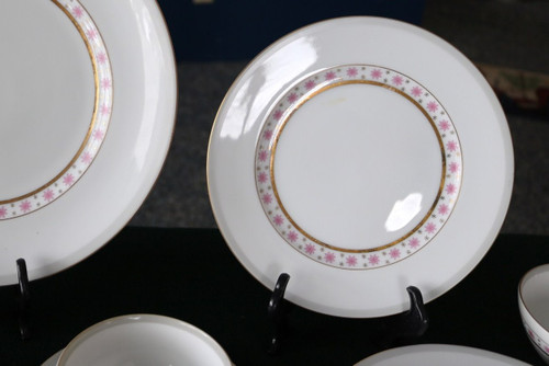Meito China Manor Salad Plate