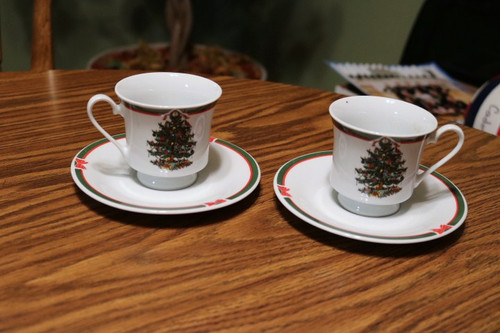 Topco Associates Porcelain Ribbons & Tree Coffee Cup