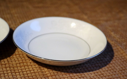 Regal China Puritan Berry Bowl