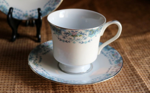 Lynnbrooke Fine China Blue Madeira Coffee Cup