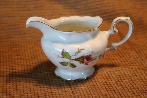 Royal Heidelberg Rose Brier Creamer