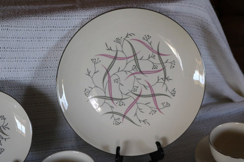 Homer Laughlin Co Allegro Dinner Plate