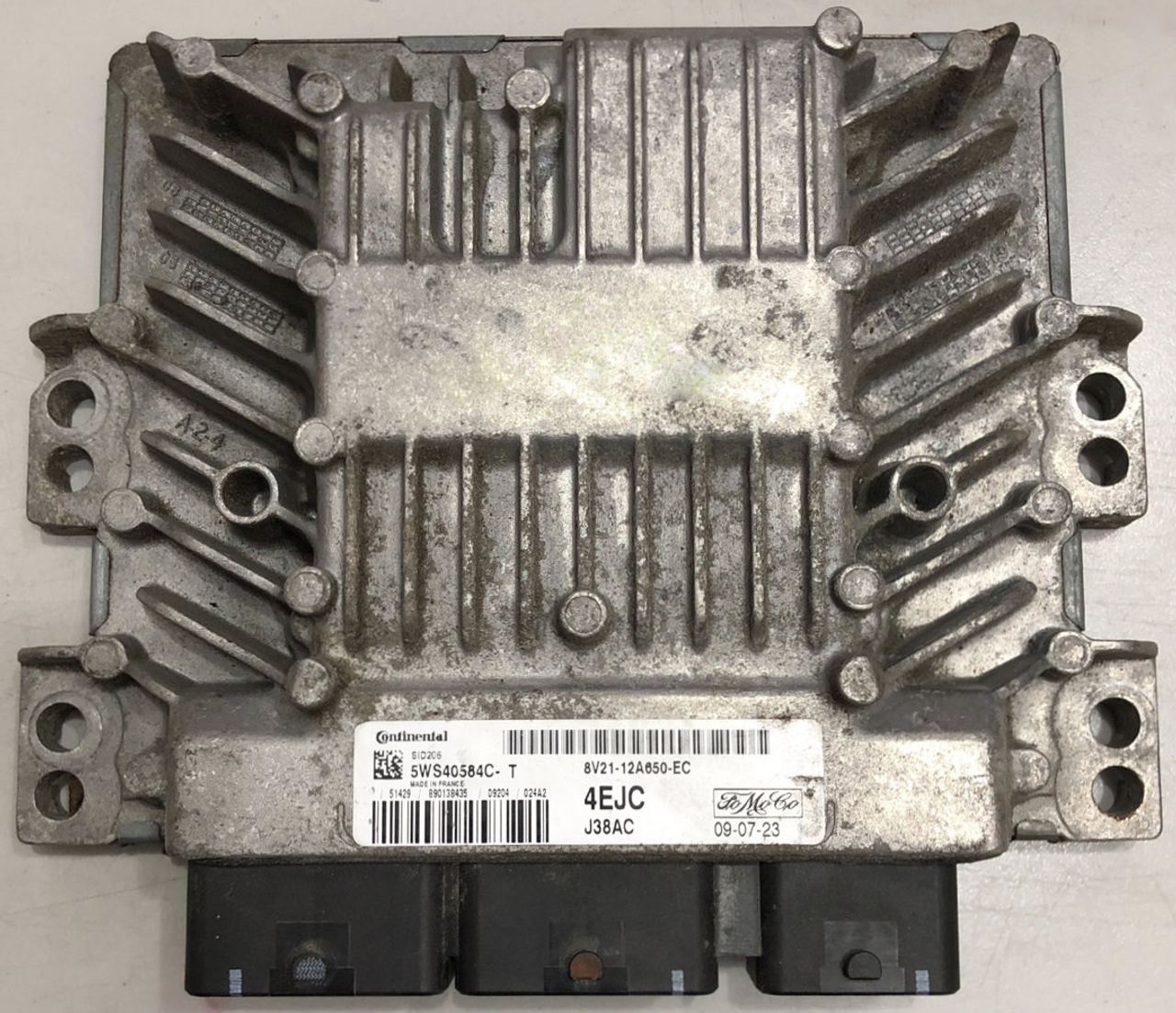ECU FORD 8V21-12A650-EC   5WS40584C-T