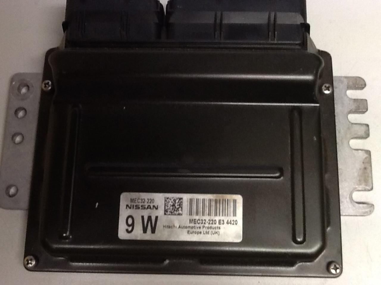 Plug & Play Nissan Engine ECU MEC32-220 E3