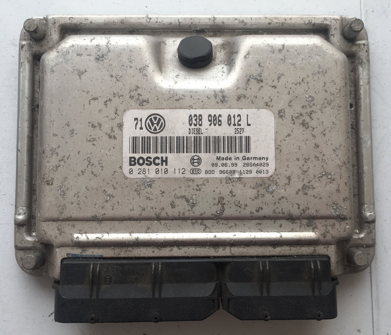 VW Golf 1.9 TDI 0281010112 0 281 010 112 038906012L 038 906 012 L EDC15VM+