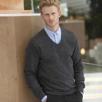 Lightweight V-Neck Sweater - MEN'S