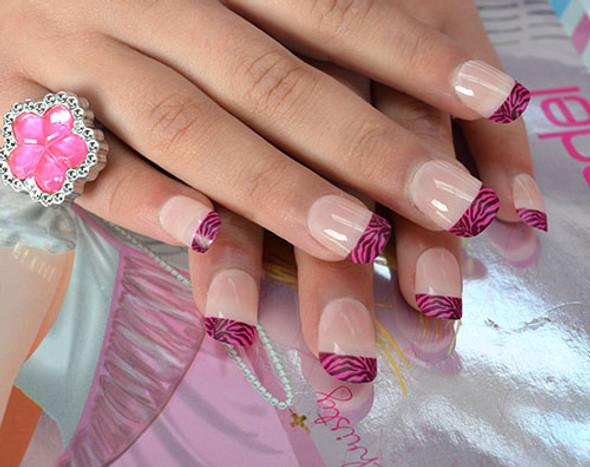 Kids Manicure Party Nail Tips (24PCS, 10 Sizes) - Press On Zebra Tips