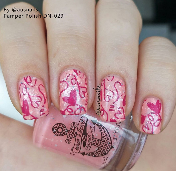 Example of Pamper Plates Professional Nail Stamping Plates - Design #29 (Houndstooth Pattern & Floral Lace)