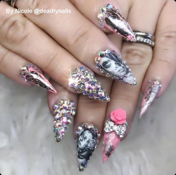 Example of Use by Nicole @deadlynails