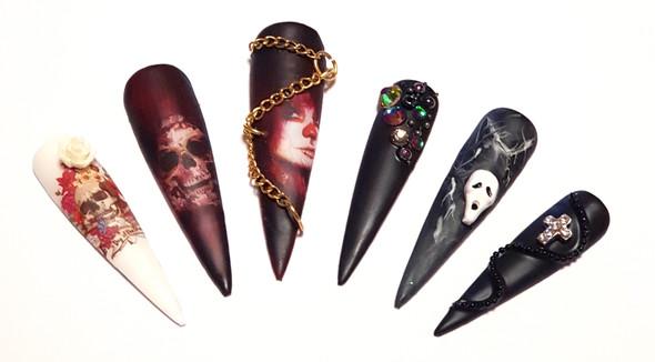 Example of Use. Nail Art Skulls. Halloween Nails.