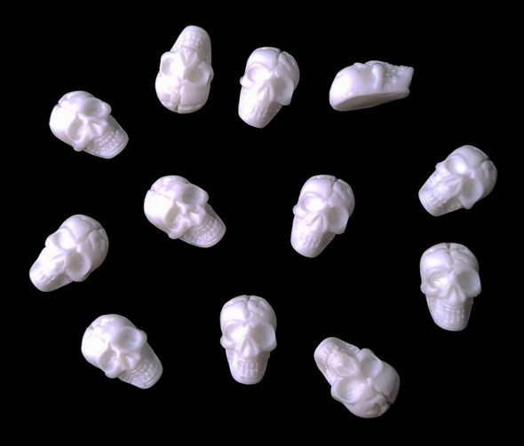 3D Acrylic Resin Skulls for Nail Art (Cream) - Great for Halloween Nails!