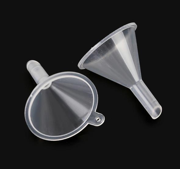 2PCS X Mini Transparent Plastic Funnels for Filling & Mixing