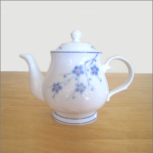 Teapot - Cherry Blossoms