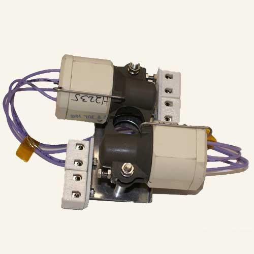 X8 SPDT Switch Mechanism w/ Bracket 10A @ 120 VAC, 480F-K 2012 00