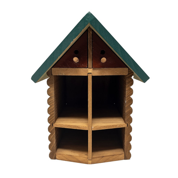 Cabin bee house front
