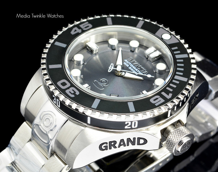 Invicta 19800 Grand Diver 2 Gen II 47mm Automatic Charcoal Dial Black Bezel Stainless Steel Bracelet Watch | Free Shipping